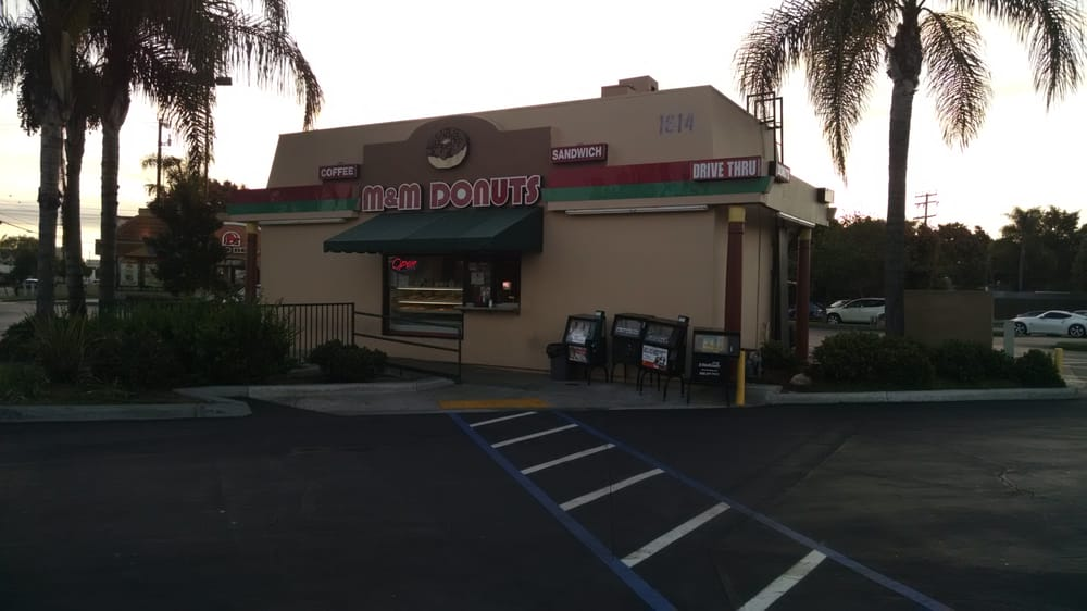 m and m donuts building